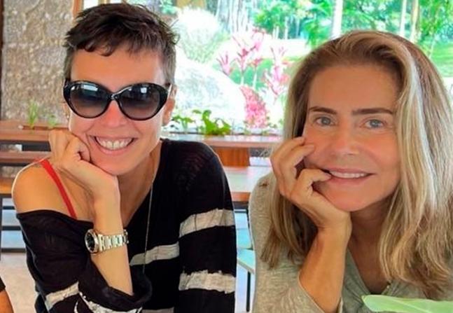 Maitê Proença cita 'intimidade exposta' após suposto romance com Adriana Calcanhotto vazar
