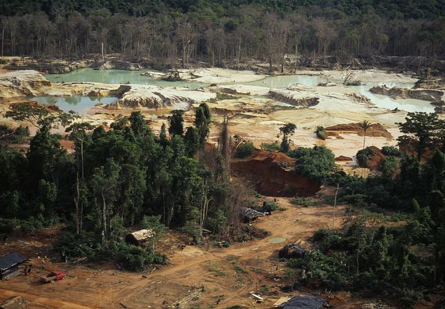 Garimpo em terras indígenas aumentou 495% nos últimos 10 anos no Brasil
