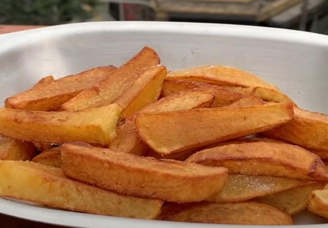 Este vídeo do JB vai te ensinar a fazer a batata frita mais crocante de sua vida