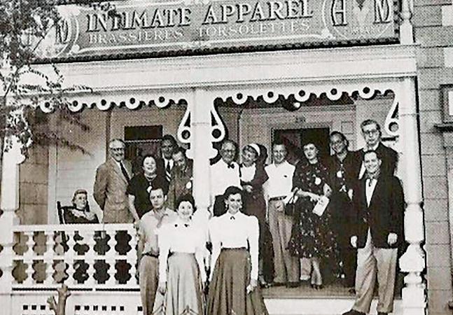 A Disney tinha uma loja de lingerie como atração nos anos 1950