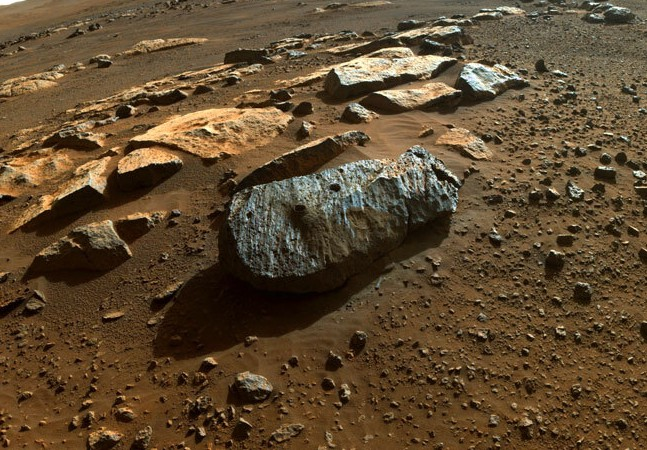 Rocha de Marte tem amostra inédita colhida por robô Perseverance; entenda