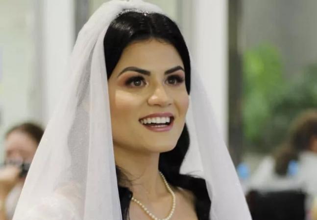 Noiva se recusa a fazer voto de submissão e viraliza: 'submissa não!'; veja vídeo