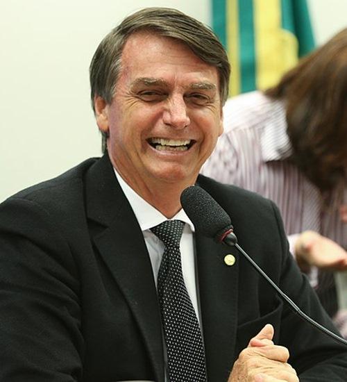 Para especialistas, editorial do Globo que defende Bolsonaro tem divergências jurídicas