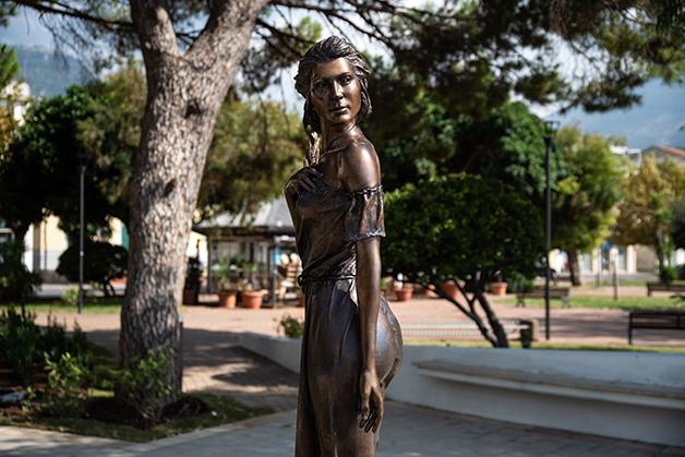 A polêmica estátua na cidade italiana de Sapri