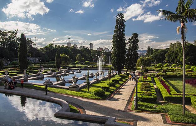 Os jardins do Museu do Ipiranga