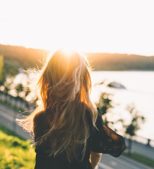 Comportamentos que mulheres mudam por medo de não serem compreendidas por homens
