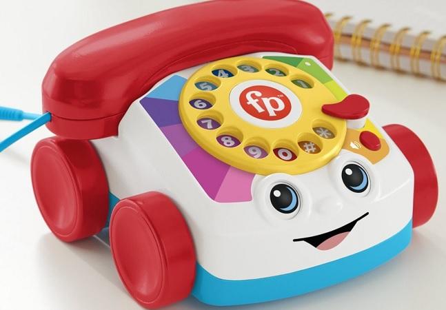 Fisher-Price aposta na nostalgia com versão real do telefone de brinquedo que marcou infâncias